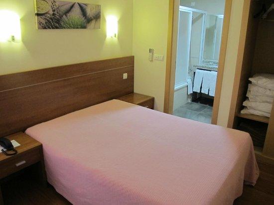Residencial O Paradouro: room1