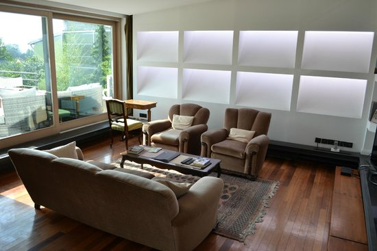 Hotel President Pantovcak: Living room