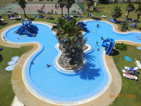 Piscina climatizada picture of hotel almerimar for Piscina climatizada