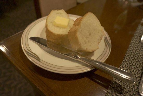 Suimeikan: フランスパンはおかわりできます��
