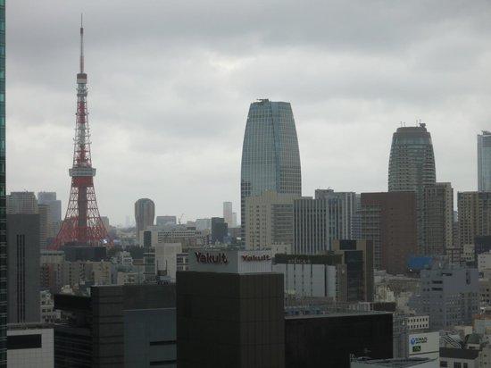 Mitsui Garden Hotel Ginza Premier: フロント階からは東京タワーも!!