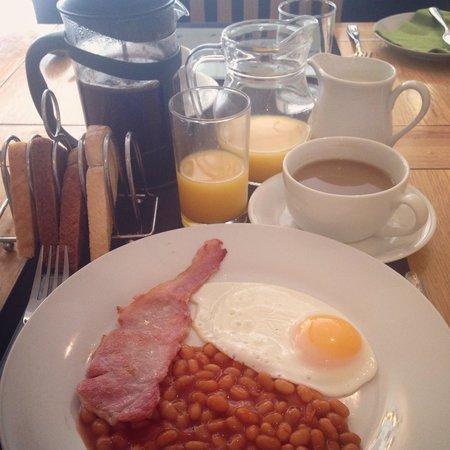 number 17: B&B breakfast