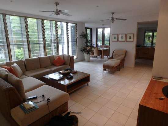 Sanctuary Palm Cove: Room to relax