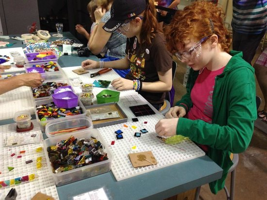 Corning Museum of Glass : Kids making glass fusing projects - suncatchers and tic tac toe sets