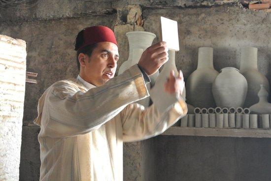 Medina of Fez: 日本語ペラペラのガイド、モハメッドさん