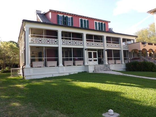 Deering Estate: The Cottage
