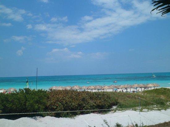 Hotel Melia Marina Varadero: Vista desde el restauran de la playa.
