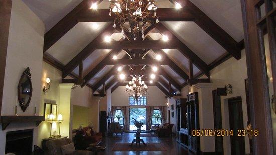 The Manor at Ngorongoro: Main lobby