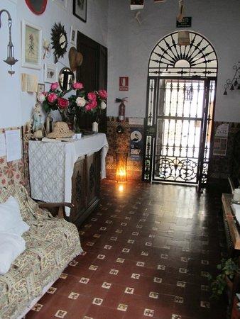 Hostel El Antiguo Convento: main entrance