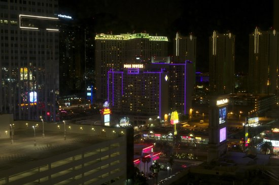 Monte Carlo Resort & Casino: Here is the view from the 19th floor