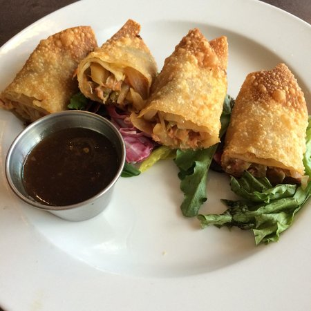 The Mason Jar Restaurant: Loved the BBQ pork egg roles!