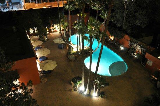 Palacio Azteca Hotel : Alberca
