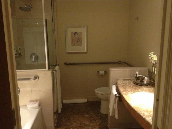 Sofitel New York: bath