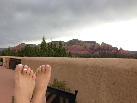 Best Western Plus Inn of Sedona: The View from outside our room!  Spectacular!