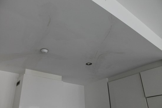 Mantra Circle on Cavill: Kitchen Ceiling