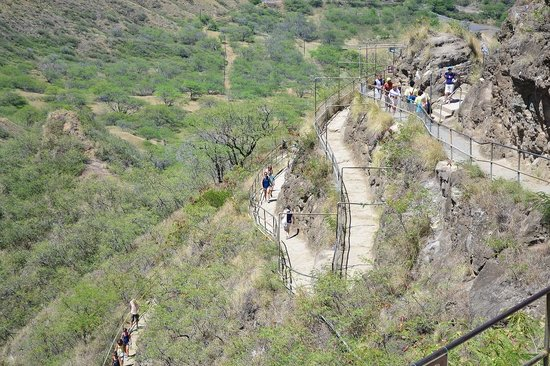 Diamond Head: On the way up