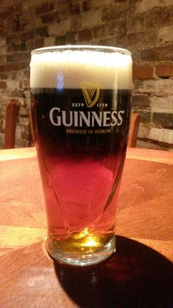 Golden Eagle Inn: It's a lovely day for a Black and Tan