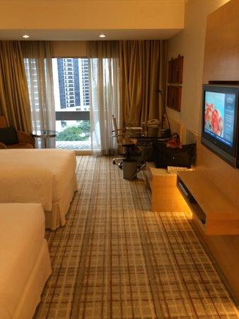 Hilton Singapore : Spacious room