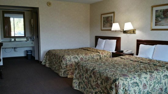 Knights Inn Greeneville : Room