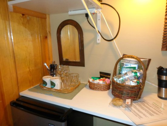 Edelweiss Lodge : Welcoming Cookies & Bottled Water