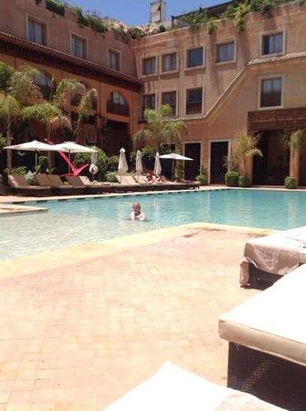 Les Jardins de La Koutoubia: nice pool