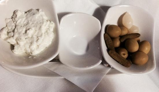 Restaurante Pinatar: allioli &olive,immancabile accompagnamento