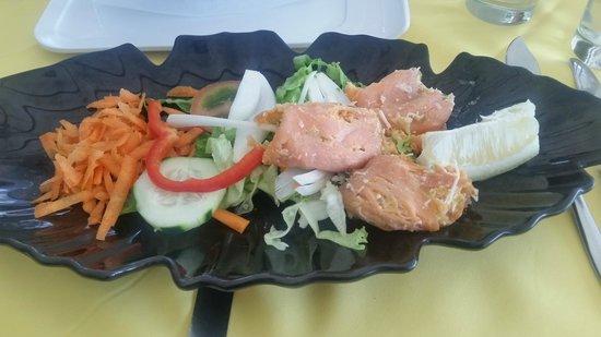 Real Canoa - Bruno´s: Salmon rolls