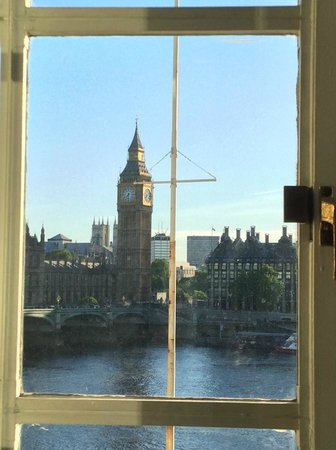"London Marriott Hotel County Hall: View from the ""Big Ben View Room"" - lived up to the promise!"