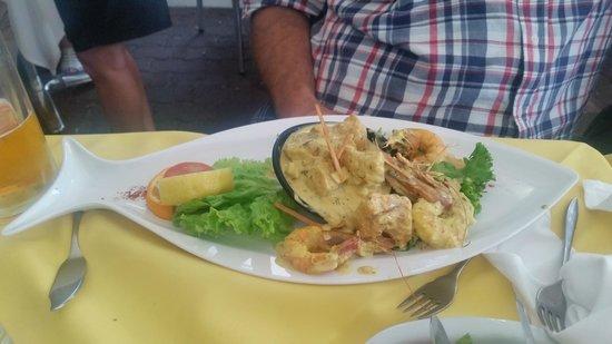 Real Canoa : Fish + prawns