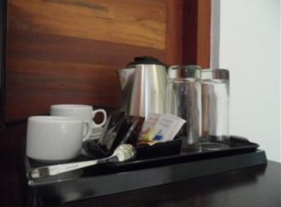 Taibah Boutique Hotel: Tea and coffee