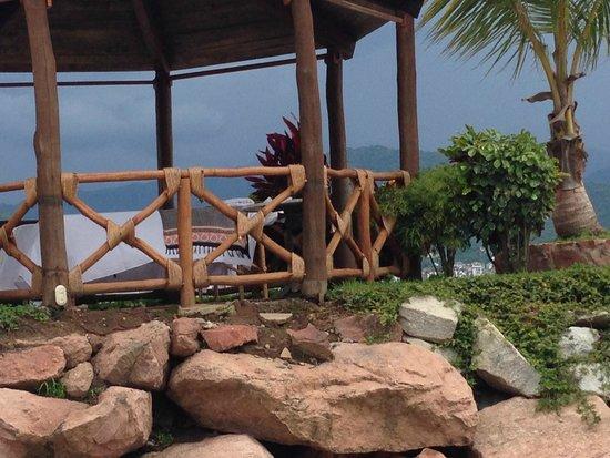 Villa del Palmar Beach Resort & Spa: Massage on a cliff