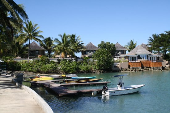Koro Sun Resort and Rainforest Spa: Resort marina