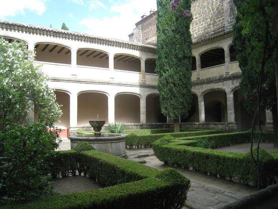 Monasterio de San Jeronimo de Yuste : courtyard