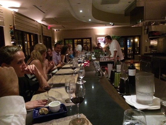 Carte Blanche Restaurant : Our happy group of diners��