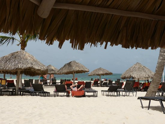 Now Larimar Punta Cana: Beach huts