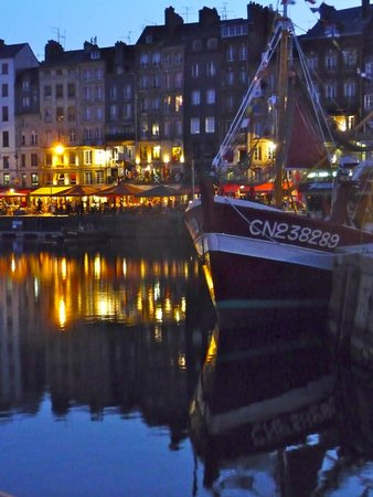 Le Vieux Bassin : Fishing trawler and evening cafe's