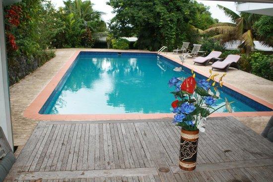 Five Princes Hotel: The pool set amid the units