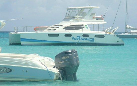 FunSeaker: Docked at Cove Bay