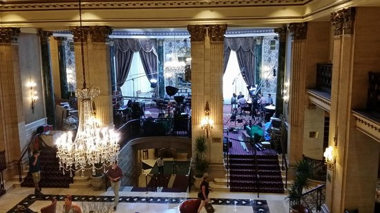 The Roosevelt Hotel: Making a movie in the lobby