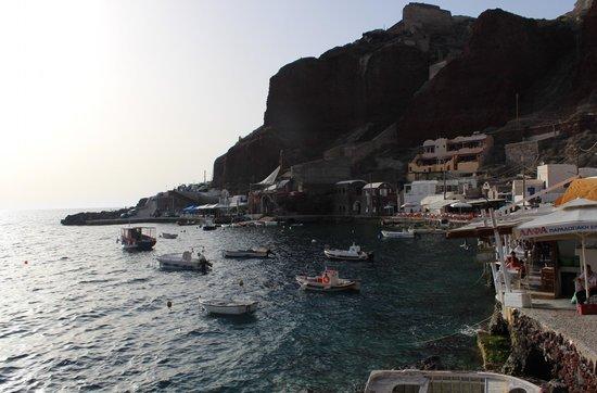 Amoudi Bay.