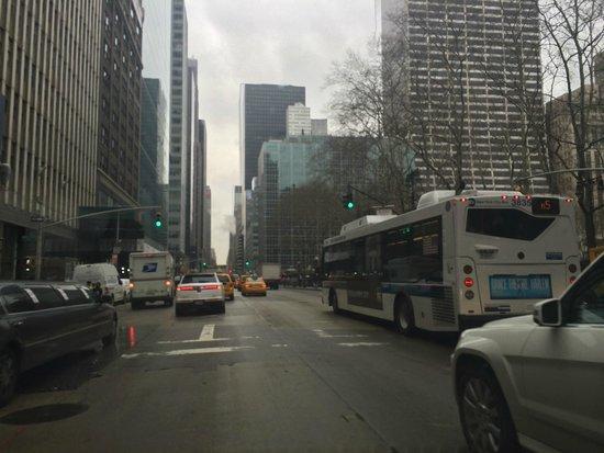 Crowne Plaza Times Square Manhattan : Hospede neste hotel otima localização para um passeio apé