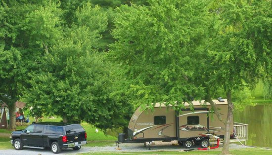 Walnut Hills Campground and RV Park: parking