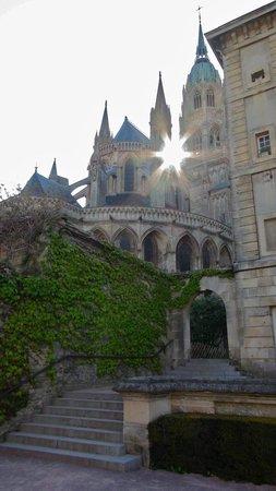 Cathédrale Notre-Dame de Bayeux : Stairway to faith