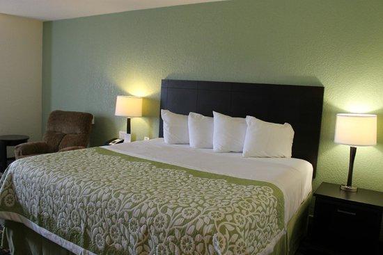 Days Inn Jasper: Business King Room