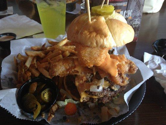 Milwaukee Burger Company - Wausau: THE DEFIBRILLATOR!!!!!