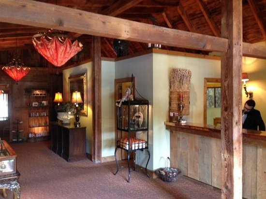 The Inn at Leola Village: Hotel reception