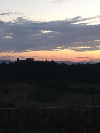 I Melograni del Chianti: sunset view