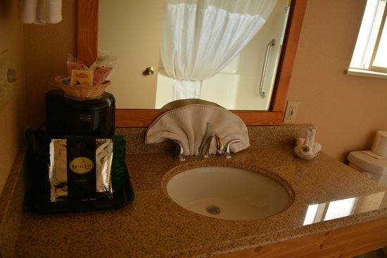 Best Western Plus Hartford Lodge: Bathroom