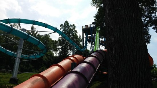 Mountain Creek Water Park: Blue is Zero G, Green is H2-Oh-No