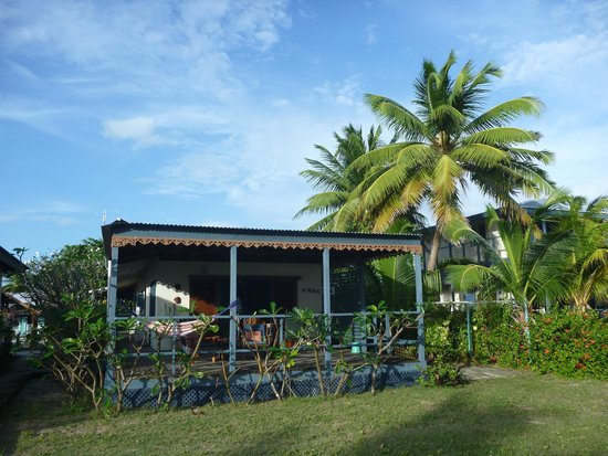 Cocos Castaway: Sea side room